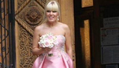 Elena Udrea se mărită