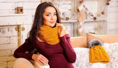 Antonella Gobjila are o colecție deosebită de accesorii pentru iarnă. Tu ai purta o căciulă din fire de aur?