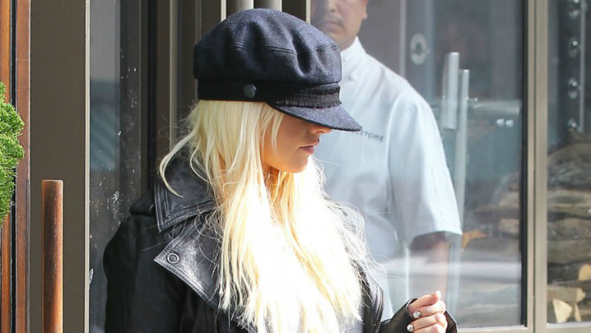 Foto: De nerecunoscut. Christina Aguilera a exagerat cu operațiile plastice