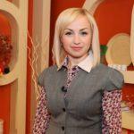 """Foto: Directorul companiei """"Bombonici"""" a primit titlul de """"Cea mai bună femeie de afaceri""""!"""