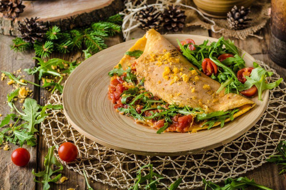 omleta-mexicana-umpluta-990x656