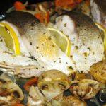 Foto: Pește cu legume la cuptor