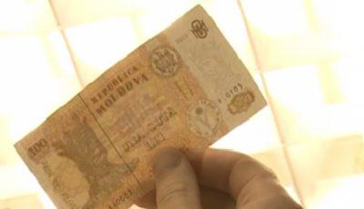 Atenție! În piețele din Capitală au fost puși în circulație bani falși