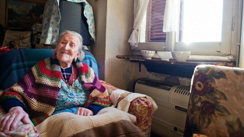 Foto: Are 116 ani şi este cea mai în vârstă femeie din lume, însă toată viaţa a mâncat un aliment considerat interzis!