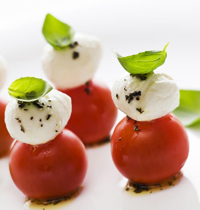 17-aperitive-mese-festive-caprese