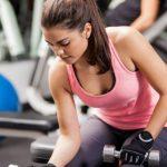 Foto: Exercițiul care îți va tonifia brațele și îți va întări abdomenul și spatele
