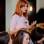 Foto: Orheianca şi-a invitat cititoarele la o un eveniment cu licori bahice