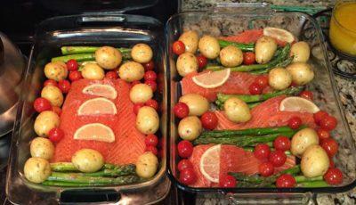 Somon la grătar cu legume