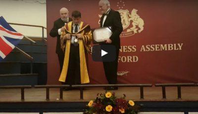 Video! Un rector din Moldova a fost decorat cu titlul de Onoare al Universității Oxford!