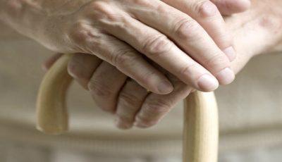 Deputații au decis! Femeile și bărbații vor ieși la pensie la aceeași vârstă, adică la 63 de ani