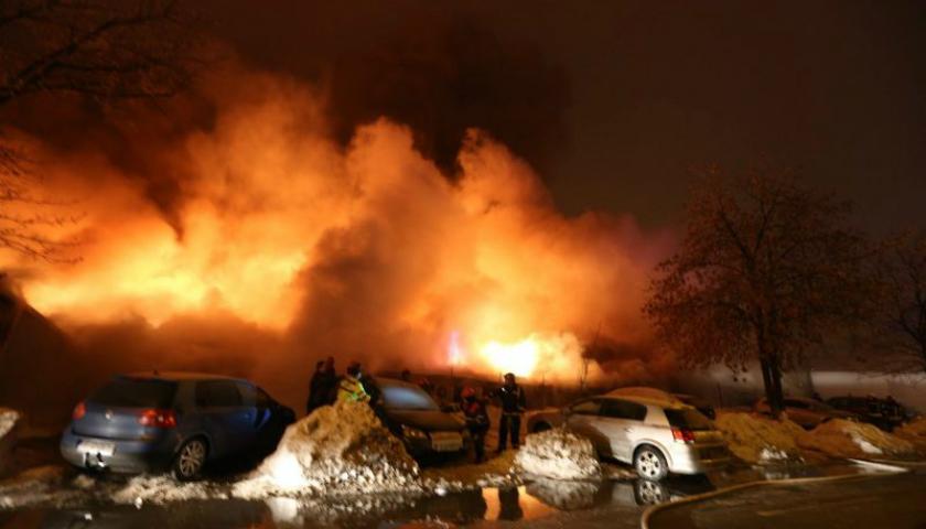 Zeci de răniți într-un incediu din Capitala României