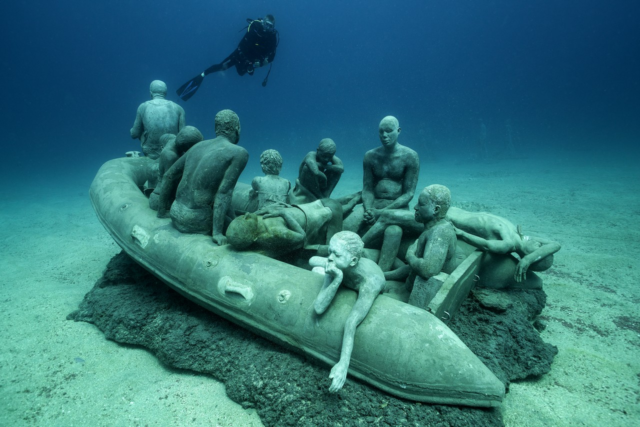 Jason_deCaires_Taylor_sculpture-000431