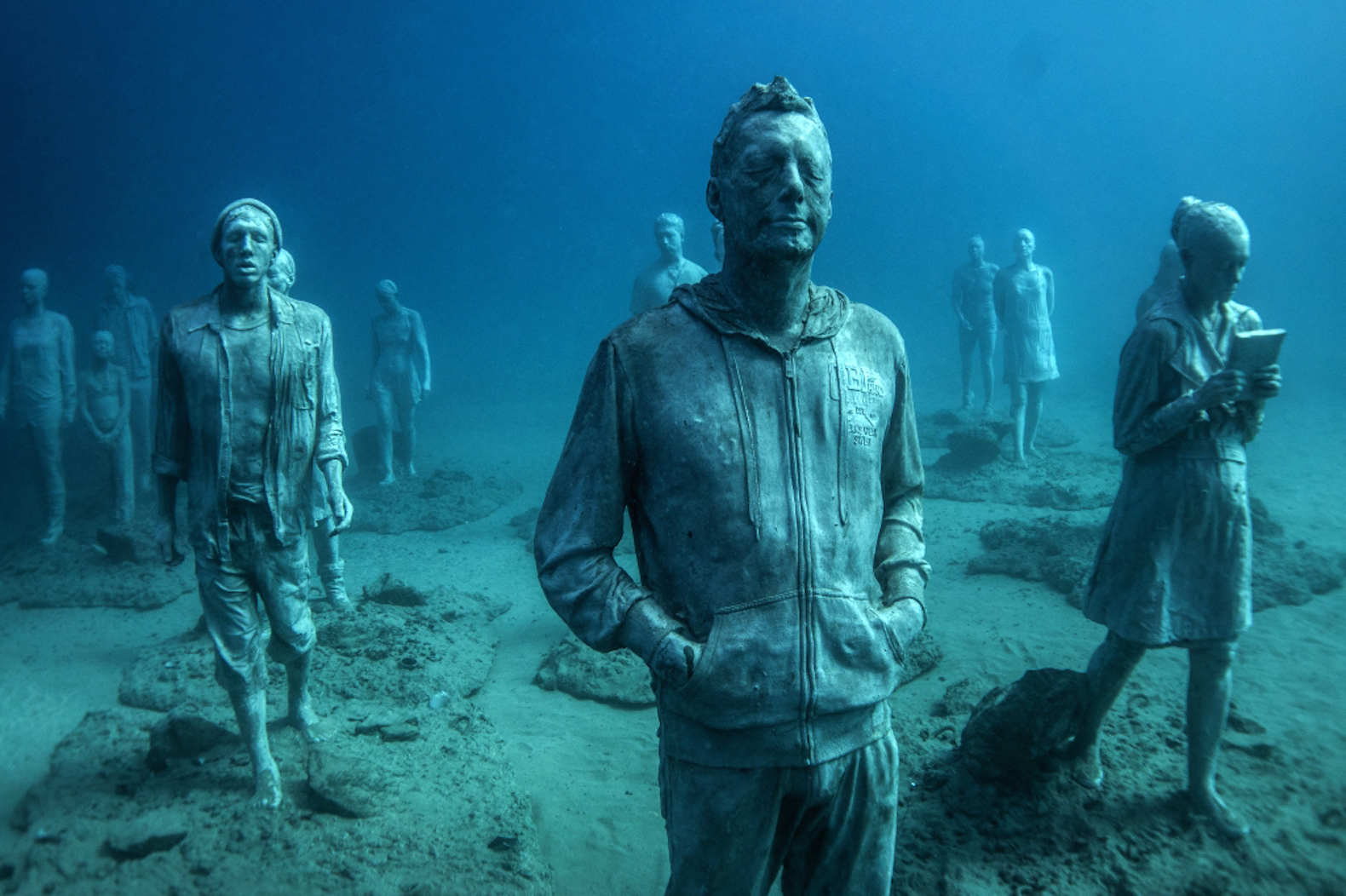 Museo-Atlantico-sculptures-by-Jason-deCaires-Taylor-7
