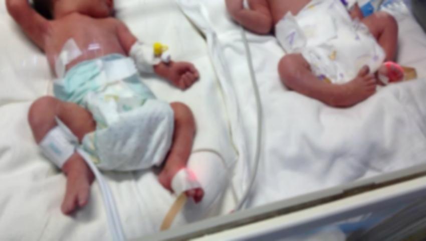 Foto: Două fetițe, gemene, au decedat la maternitate! Motivul pentru care părinții n-au mai apucat să le ia acasă