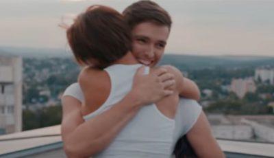 """De ziua sa, Nicoleta Nucă a lansat videoclipul la piesa """"Când pleci"""", scrisă de Carla's Dreams"""