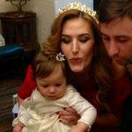 Foto: Reginei-Raluca i-a fost tăiat moțul. Vezi de ce petrecere a avut parte fiica Tatianei Heghea