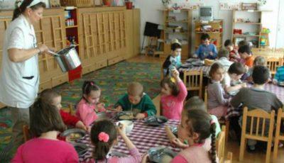Cum sunt hrăniți copiii în grădinițile private