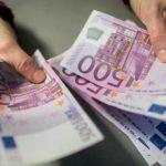 Foto: Copiii moldoveni cu cetățenie română vor primi câte 500 de euro