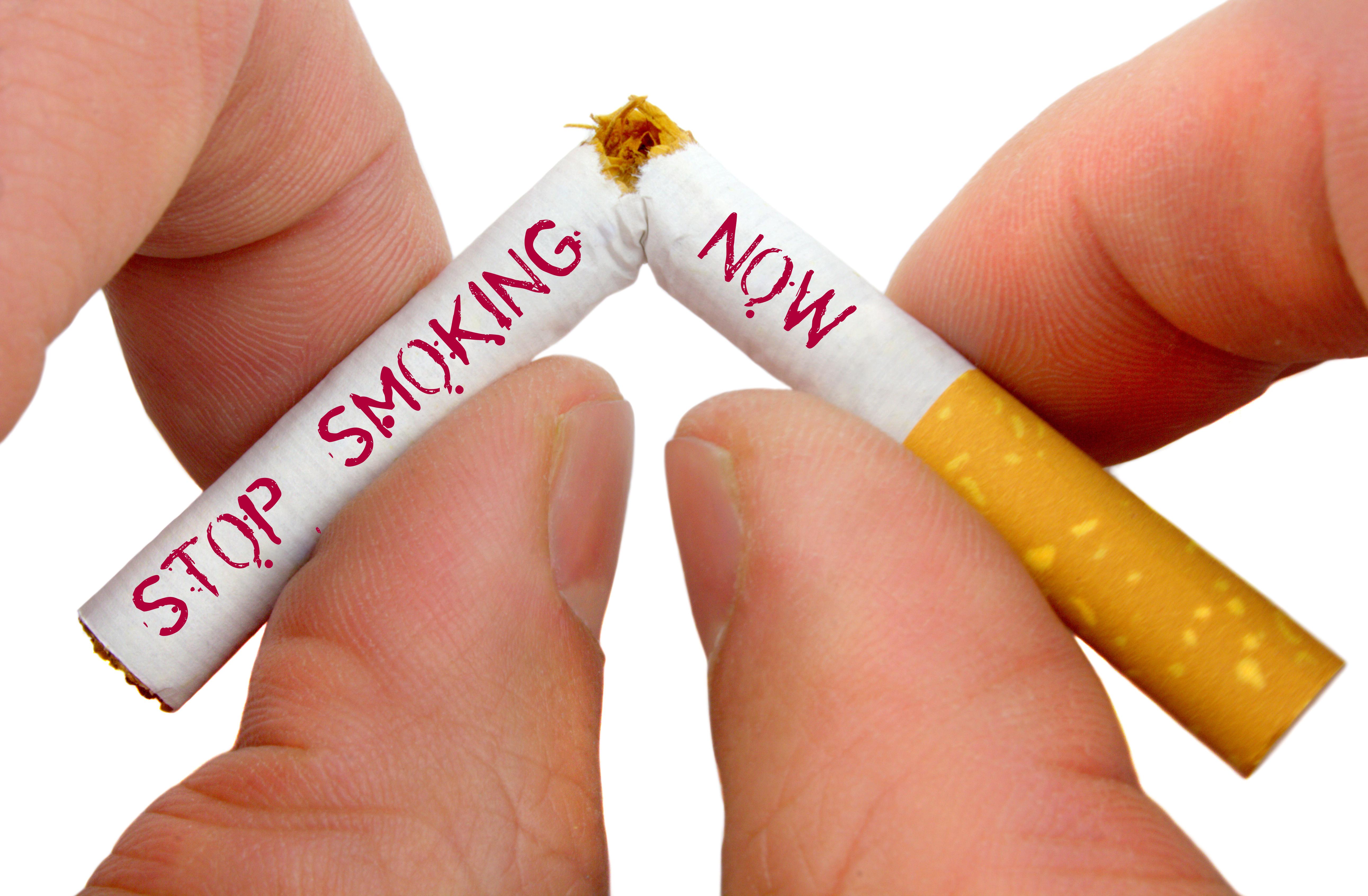 Primele efecte ale legii anti-fumat: numărul de spitalizări din cauza astumului bronșic s-a micșorat
