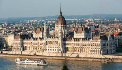 Ungaria oferă burse de studii pentru tinerii din Moldova. Vezi data limită de înregistrare la concurs!