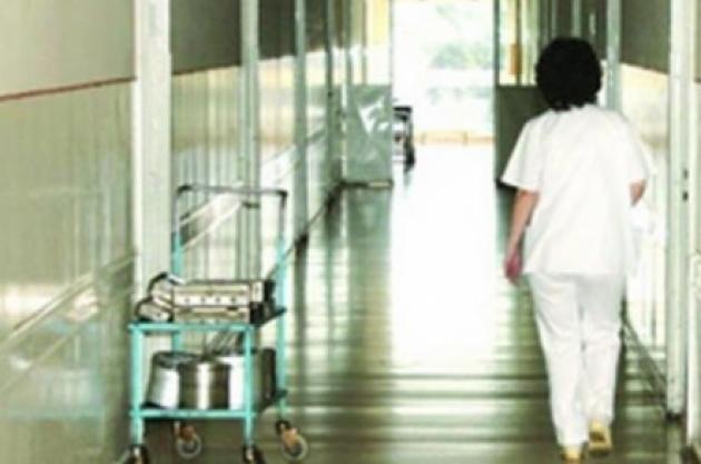 infirmiera-de-la-spitalul-municipal-turda-injunghiata-de-un-pacient1359452360