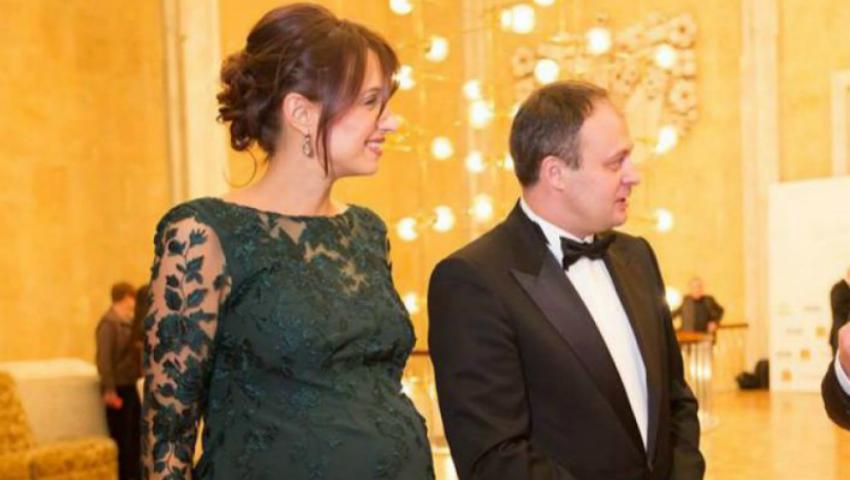 Adrian Candu, tată a trei copii! Soția politicianului a născut astăzi un băiețel