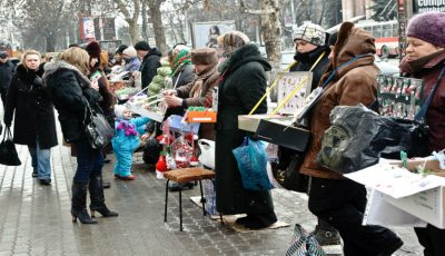 Timp de o lună Chișinăul va fi invadat de flori, suvenire și mărțișoare