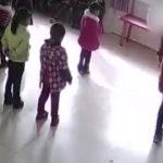 Foto: Scene de groază! Copii loviți și târâți pe jos în gradinițele din China