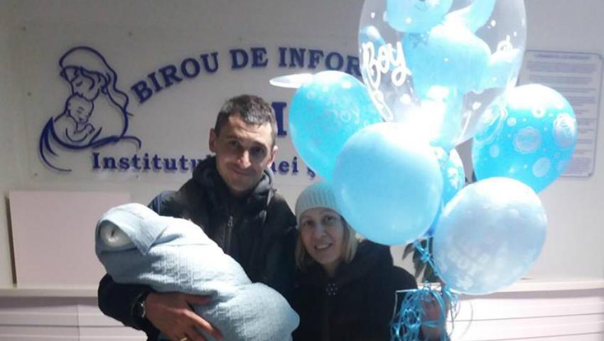 Foto: Bucurie fără margini pentru doi soți din Capitală, care au devenit părinți după 10 ani de încercări
