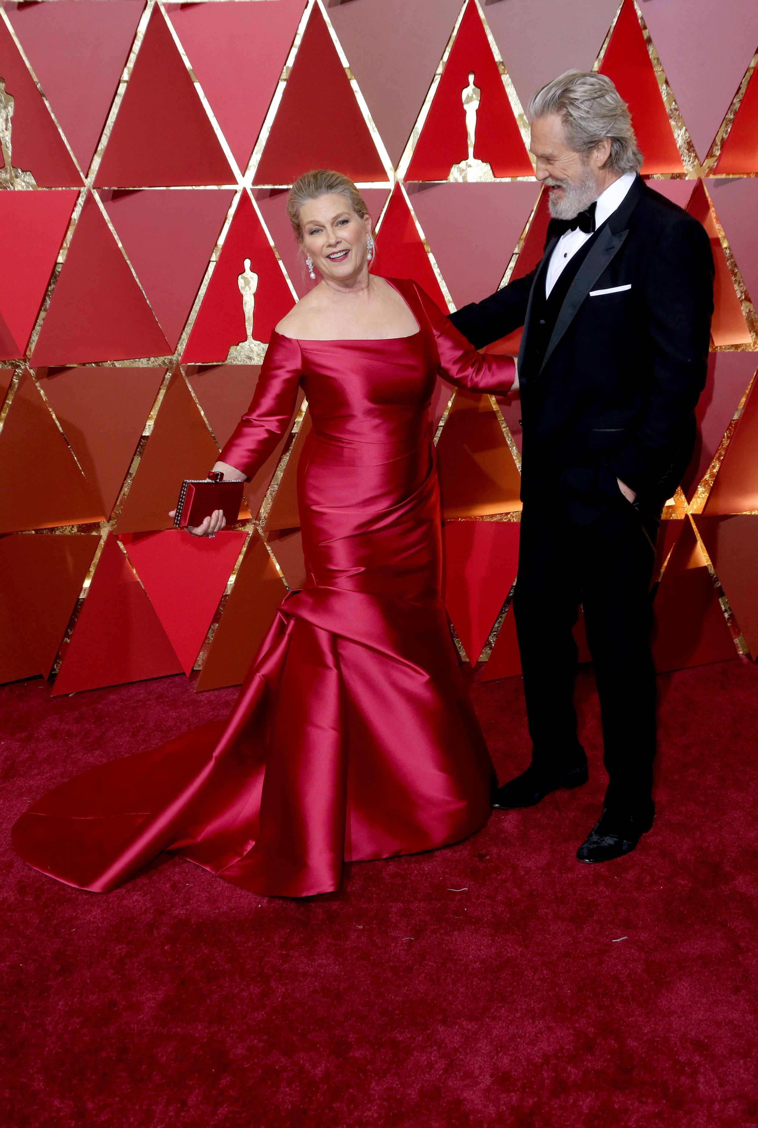 Mandatory Credit: Photo by Jim Smeal/BEI/Shutterstock (8434881od) Susan Geston and Jeff Bridges 89th Annual Academy Awards, Arrivals, Los Angeles, USA - 26 Feb 2017