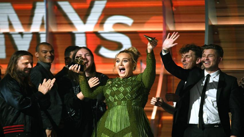 Foto: Adele și Beyonce și-au șocat fanii la premiile Grammy