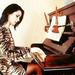 Foto: VIDEO. Vezi cât de talentată e Andreea Marin. Cântă la pian ca o adevărată profesionistă