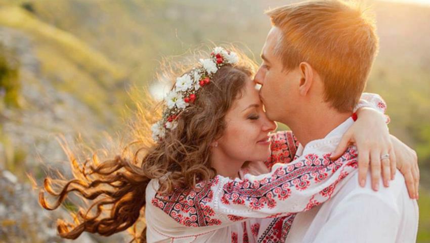 Foto: Dragobetele sărută fetele. Obiceiuri şi tradiții de 24 februarie