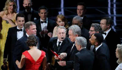 Gafă de proporții la decernarea Premiilor Oscar! Prezentatorul a încurcat câștigătorul