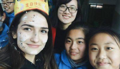 Experiențele Cristinei Veverița, eleva din Moldova care predă limba engleză în China!