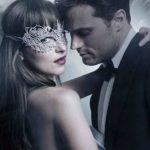 """Foto: Astăzi are loc premiera filmului """"Fifty Shades of Grey"""" la Chișinău"""