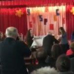Foto: O absolventă a liceului din Lozova și-a premiat profesorii. Le-a dăruit o călătorie în SUA