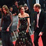 Foto: Kate Middleton a strălucit într-o rochie cu umerii goi la decernarea premiilor BAFTA