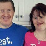 Foto: Doi tineri cu sindromul Down au reușit să-și întemeieze o familie fericită! Află-le povestea
