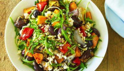 Salată de orez cu legume la cuptor