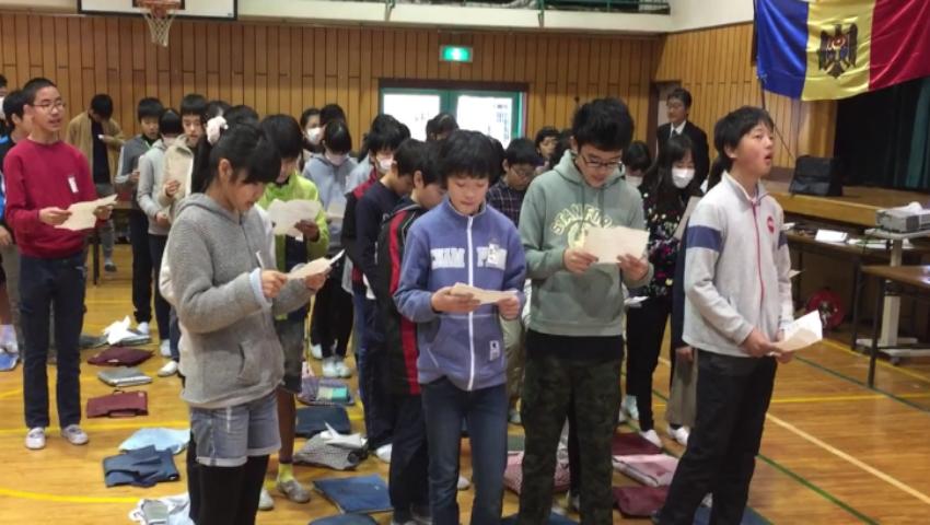 Foto: Senzațional! Elevii japonezi interpretează Imnul Republicii Moldova în limba română!