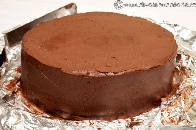 tort-de-ciocolata-chocolate-7
