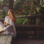 Foto: Stilista Olia Stepanenco a dus ţinutele unui brand autohton tocmai în paradisul exotic din Bali!