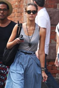 Pictures-Jessica-Alba-Blue-Skirt-NYC-202x300