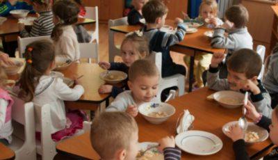 Noi taxe pentru alimentația copiilor din instituțiile de învățământ