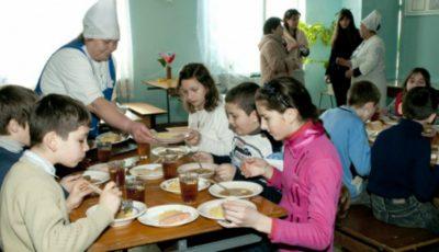 De luni, controale inopinate în toate şcolile şi grădiniţele din Moldova