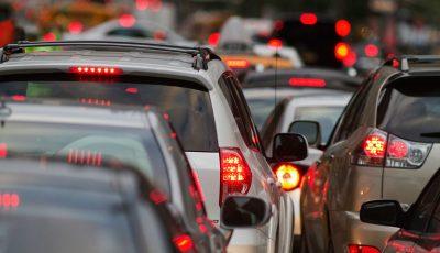 Atenție șoferi! Iată străzile pe care ar trebui să le evitați pentru a nu sta în ambuteiaj