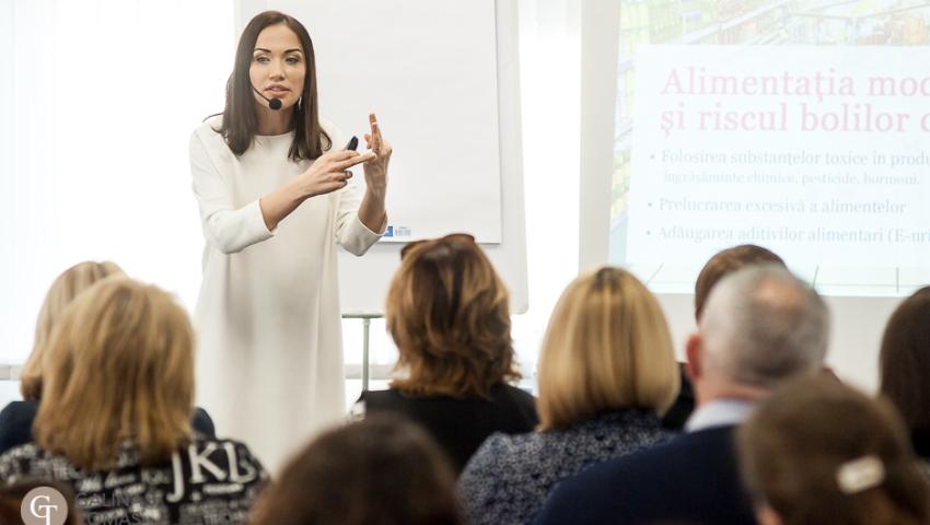 """Ce au învățat femeile la seminarul """"Secretele vindecării prin alimentație"""""""