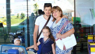 Cu drag de mama: Radu Sîrbu, interpret și producător