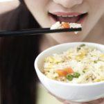 Foto: Ți-e somn după ce mănânci? Unele alimente ar putea fi cauza